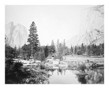 View Down the Valley, Yosemite Reproductions de collection premium par Carleton E Watkins
