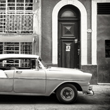 Cuba Fuerte Collection SQ BW - Old Classic Car in Havana
