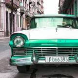 Cuba Fuerte Collection SQ - Old Ford Green Car