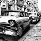 Cuba Fuerte Collection SQ BW - Beautiful American Cars in Havana II