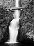Multnomah Falls  Colombia River Gorge  Oregon 92