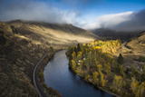 The Yakima River Winds Through The Mountains Of Washington Early In The Morning