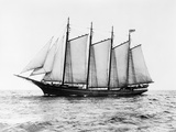 Short-Masted Schooner