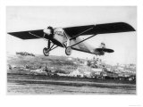 """Charles Lindbergh in the """"Spirit of St Louis"""" Sets off from New York"""