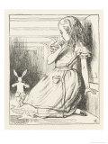 Alice Watches the White Rabbit Disappear Down the Hallway Giclée premium par John Tenniel
