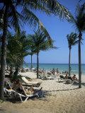 Tourists on the Beach  Playa Del Carmen  Mayan Riviera  Mexico  North America