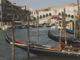 Gondolas  Grand Canal and Rialto Bridge  Venice  Unesco World Heritage Site  Veneto  Italy