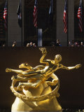 Statue of Prometheus in the Plaza of the Rockefeller Center  Manhattan  New York City  USA