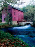Alley Mill at Alley Spring  Ozarks National Scenic Riverways  Ozark National Park  Missouri
