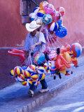 Balloon Vendor Walking the Streets  San Miguel De Allende  Mexico