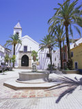Church and Street  Old Town  Marbella  Costa Del Sol  Andalucia (Andalusia)  Spain  Europe