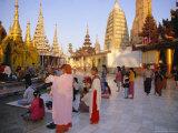 Buddhist Worshippers at the Shwedagon Paya (Shwe Dagon Pagoda)  Yangon (Rangoon)  Myanmar (Burma)