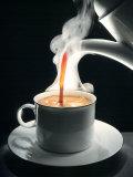 Coffee Being Poured into a Cup Papier Photo par Jürgen Klemme
