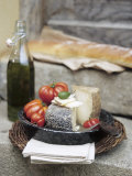 Italian Cheese  Tomatoes  Olive Oil and White Bread