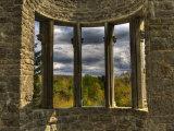 Ruins Window Papier Photo par Irene Suchocki