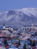 View over Reykjavik in Winter, Iceland Papier Photo par Gavin Hellier