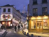 Rue Norvins and Sacre Coeur  Montmartre  Paris  France