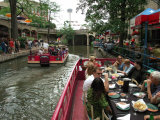 Lunch Cruise Along River Walk  San Antonio  TX