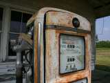 Vintage Gas Pump Recalls the Open American Road and Cheaper Prices