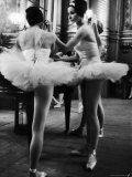 Ballerinas Practicing at Paris Opera Ballet School Papier Photo par Alfred Eisenstaedt