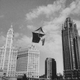 Stunt Man Jack Wylie Kite-Flighting over the Chicago River