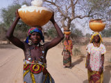 Women Returning with Water from Well  Niger