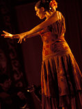 Woman in Flamenco Dress at Feria de Abril, Sevilla, Spain Papier Photo par John & Lisa Merrill