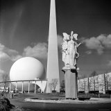 """View of Iconic Perisphere and Trylon  Helicline and Statue """"Victories at Peace"""" by John Gregory"""