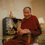 Tibetan Spiritual Leader in Exile Dalai Lama in Smiling Portrait Aluminium par Ted Thai