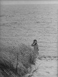 Jacqueline Kennedy  Wife of Dem Candidate  Walk Along Beach Near Kennedy Compound on Election Day