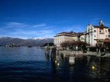 Palazzo Borromeo and Isola Di Pescatori in Background  Lago Maggiore  Italy