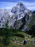 Hikers on Konigsee-Wimbachtal Below South Peak of Waltzmann  Berchtesgaden  Bavaria  Germany