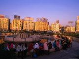 Fountain at Midan Tahrir (Liberation Square)  Cairo  Egypt