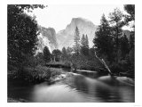 Yosemite National Park, Valley Floor and Half Dome Photograph - Yosemite, CA Reproduction d'art par Lantern Press