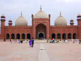 Badshahi Mosque  One of the Largest in the World
