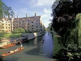 Punting on the Backs  Cambridge  England