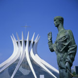 Statue before the Catedral Metropolitana  Brasilia  UNESCO World Heritage Site  Brazil
