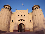 Entrance to the City Fort Built by the Moghuls Between 1524 and 1764  Lahore City  Punjab  Pakistan