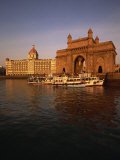 Gateway to India and Taj Hotel  Mumbai  India