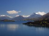 Clear Waters of Lake Wakatipu Near Queenstown  Otago  South Island  New Zealand  Pacific