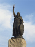 Statue of King Alfred  Winchester  Hampshire  England  United Kingdom  Europe