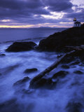 Lime Liln Lighthouse at dusk  Lime Liln State Park  San Juan Island  Washington  USA