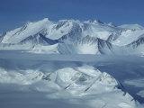 Mount Vinson Massif (16  059') Antarctica's Highest Summit