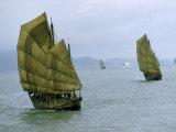 Fishing Junks with Fiber-Mat Sails Move Toward Modern Passenger Ship