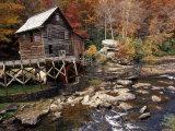 Fully Operational Grist Mill Sells its Products to Park Visitors