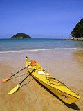 South Island  Nelson  Kayak on Onetahuti Beach in Abel Tasman National Park  New Zealand
