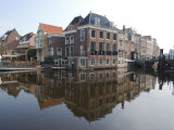 Canals at the Centre of the Old Town  Leiden  Netherlands  Europe