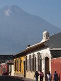 Colonial Buildings and Volcan De Agua  Antigua  Guatemala  Central America