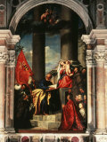 Madonna with Saints and Members of the Pesaro Family  1519-26 Altarpiece