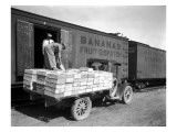 Loading Peaches in Car at Donald  1928